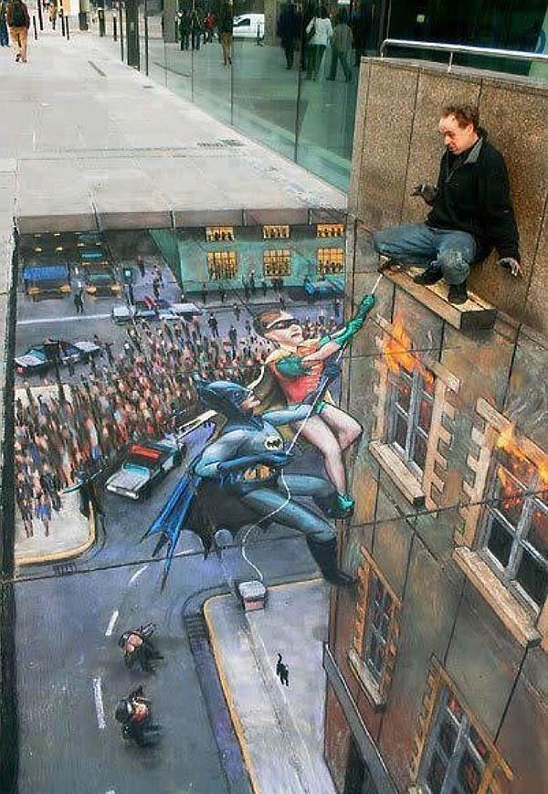 A hős megmentő természetesen Batman és Robin.