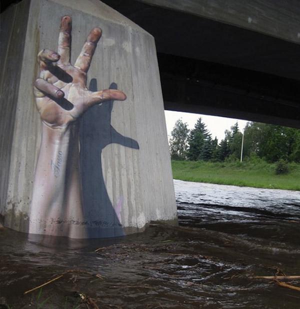 Áthidaló megoldás: segélykérő kéz.